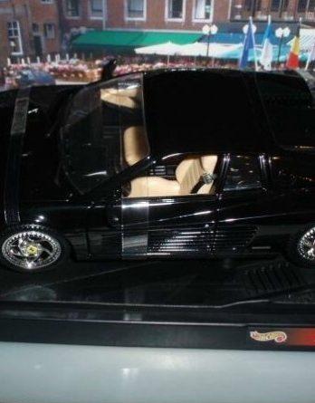 Ferrari F512 m 1994 schwarz OVP
