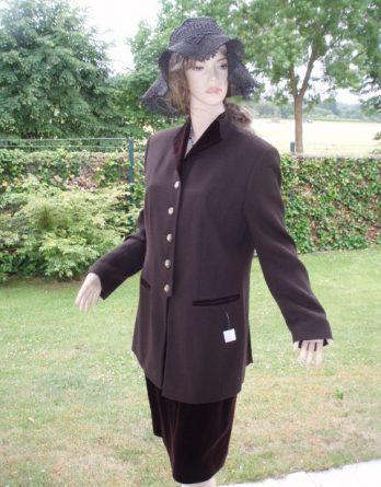 Mondi Kostüm elegance braun Samt Gr 40 (5745)